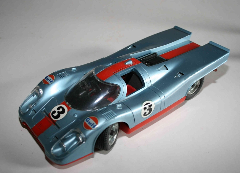schuco 1 16 porsche 917 gulf. Black Bedroom Furniture Sets. Home Design Ideas